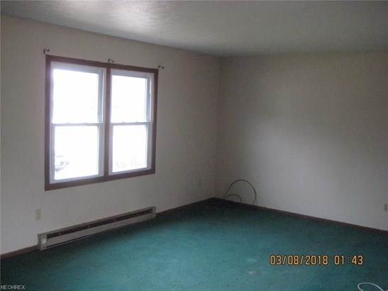 1482 Whittlesey Ave, Atwater, OH - USA (photo 3)