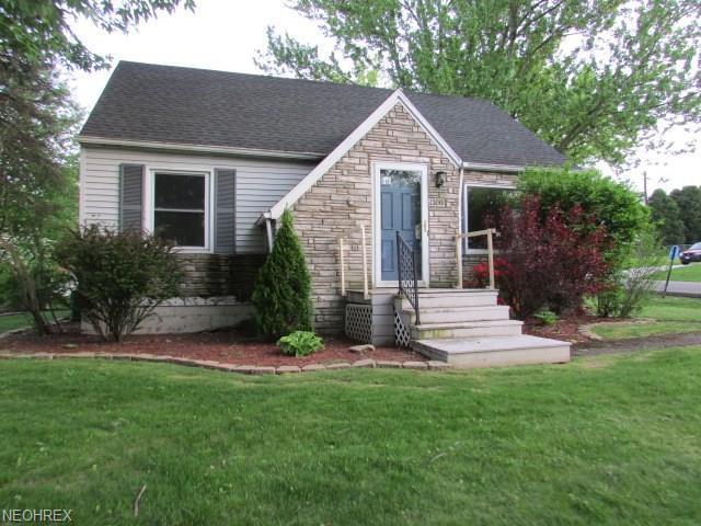 1300 Spangler Rd Northeast, Canton, OH - USA (photo 1)