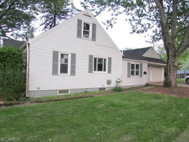 1300 Spangler Rd Northeast, Canton, OH - USA (photo 2)