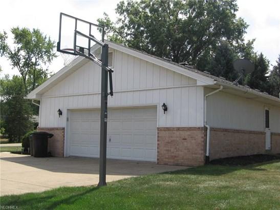 5245 Schario Rd Northwest, Canton, OH - USA (photo 2)
