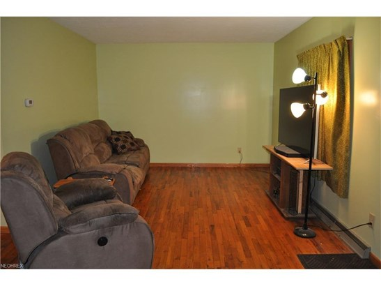 5751 Benjamin St Southwest, Canton, OH - USA (photo 4)