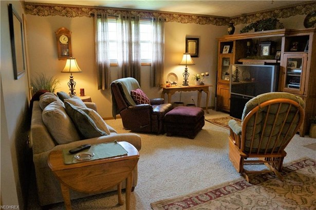 3198 Ivory Rd Northwest, Carrollton, OH - USA (photo 4)