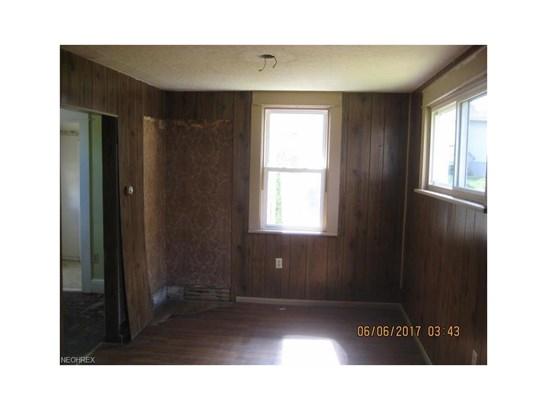 1550 Raymond St, Lakemore, OH - USA (photo 5)