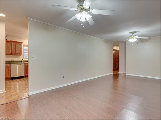 1305 Dunkeith Dr Northwest, Canton, OH - USA (photo 5)