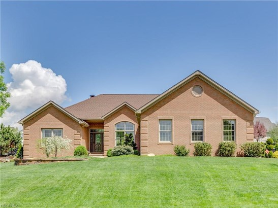 2551 Clydesdale St Northwest , North Canton, OH - USA (photo 1)