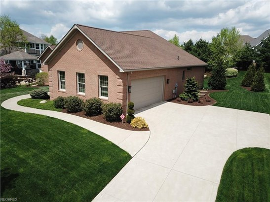 2551 Clydesdale St Northwest , North Canton, OH - USA (photo 4)