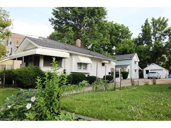 903 Oregon Ave, Akron, OH - USA (photo 4)
