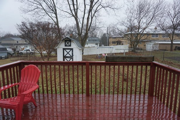 221 Devinney Ave, Louisville, OH - USA (photo 2)