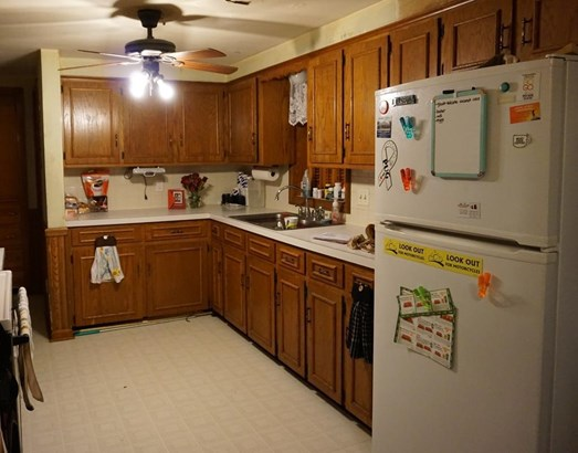 221 Devinney Ave, Louisville, OH - USA (photo 4)