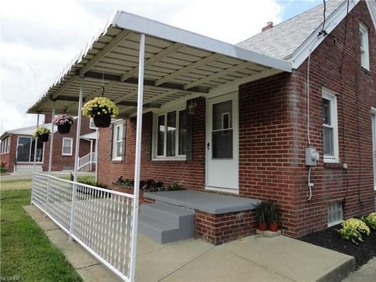 1525 Carnwise St Southwest, Canton, OH - USA (photo 2)