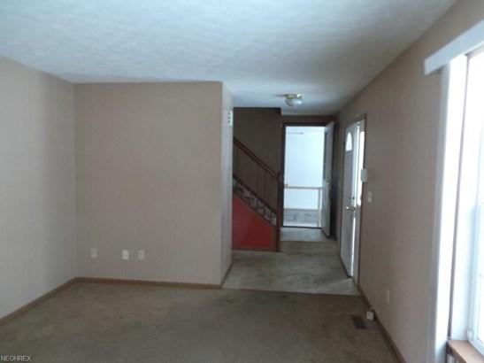 376 Eastland Ave, Akron, OH - USA (photo 3)