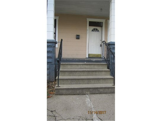 807 Greenfield Ave Southwest, Canton, OH - USA (photo 3)