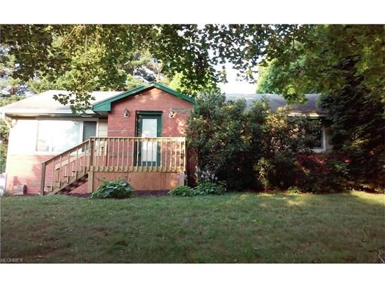3591 Hampton Hts Dr, Cuyahoga Falls, OH - USA (photo 1)