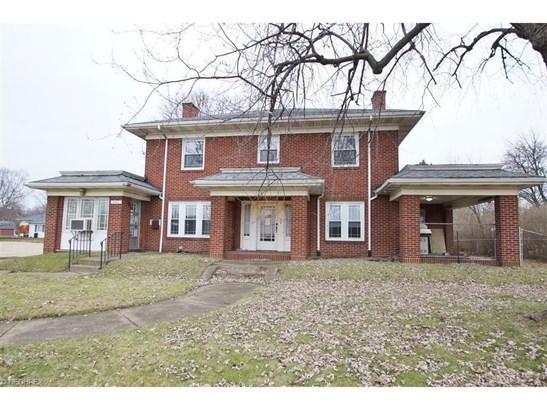 3447 Tuscarawas St West, Canton, OH - USA (photo 1)