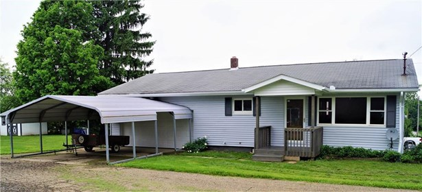 711 Lincoln Ave Northwest, Carrollton, OH - USA (photo 2)