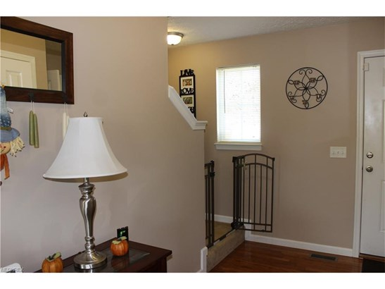 2878 Captens St Northeast, Canton, OH - USA (photo 2)