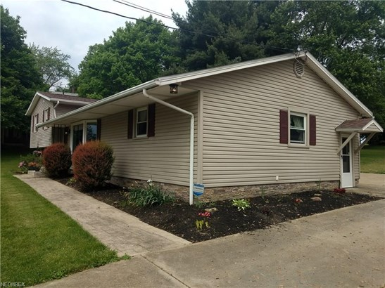 6493 Viking Dr Northeast, East Canton, OH - USA (photo 3)