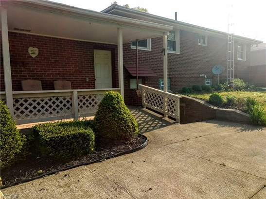 5574 Mowry St, Louisville, OH - USA (photo 3)