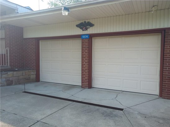 5574 Mowry St, Louisville, OH - USA (photo 5)