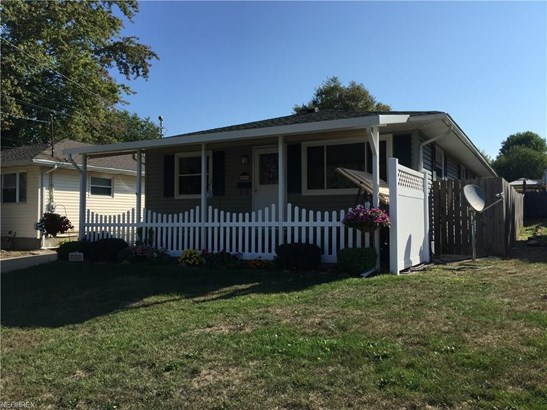 2069 Hackberry St, Akron, OH - USA (photo 1)
