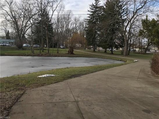 10216 Cleveland Ave Northwest, Uniontown, OH - USA (photo 4)