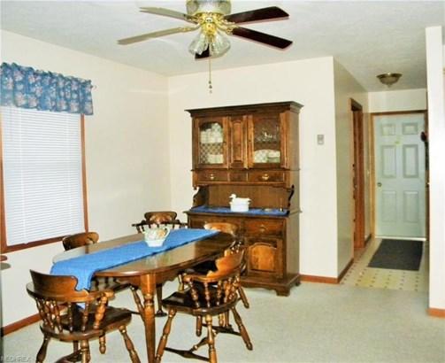 1375 Meadowbrook Ln Northeast, Carrollton, OH - USA (photo 3)