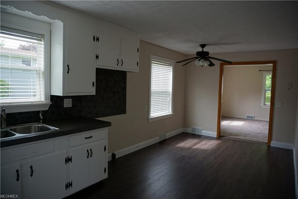 5350 Clay St, Louisville, OH - USA (photo 4)