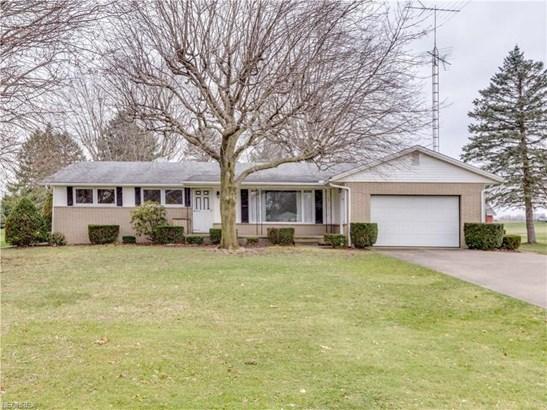 12033 William Penn Ave Northeast, Hartville, OH - USA (photo 1)