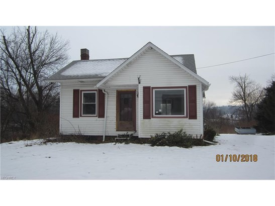 5896 Manchester Ave Southwest, Navarre, OH - USA (photo 1)