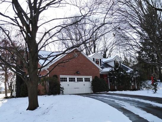 9230 Shadybrook St Northwest, Clinton, OH - USA (photo 3)