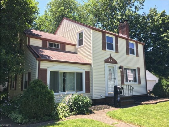 1316 Colonial Blvd Northeast, Canton, OH - USA (photo 1)