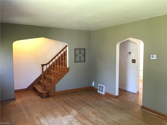 1316 Colonial Blvd Northeast, Canton, OH - USA (photo 4)