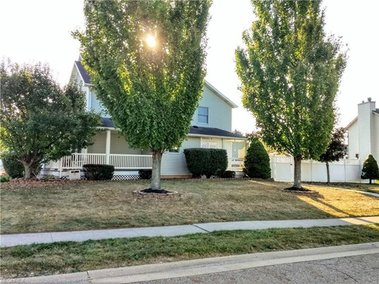1437 West Chester Dr, Louisville, OH - USA (photo 4)
