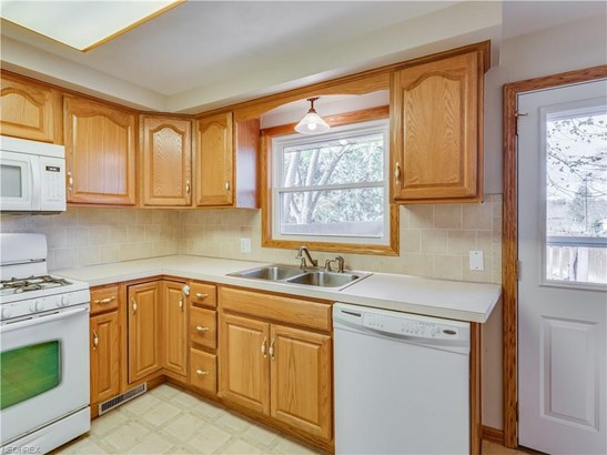 3525 Guilford Ave Northwest, Canton, OH - USA (photo 4)