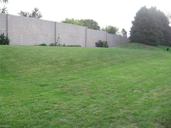 6704 Thicket St Northwest, Canton, OH - USA (photo 5)