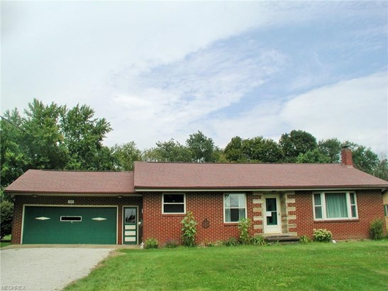 707 Courtview Dr Southwest, Carrollton, OH - USA (photo 1)