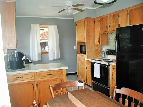 707 Courtview Dr Southwest, Carrollton, OH - USA (photo 2)