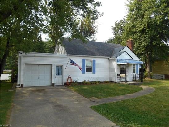 1410 Spangler Rd Northeast, Canton, OH - USA (photo 1)