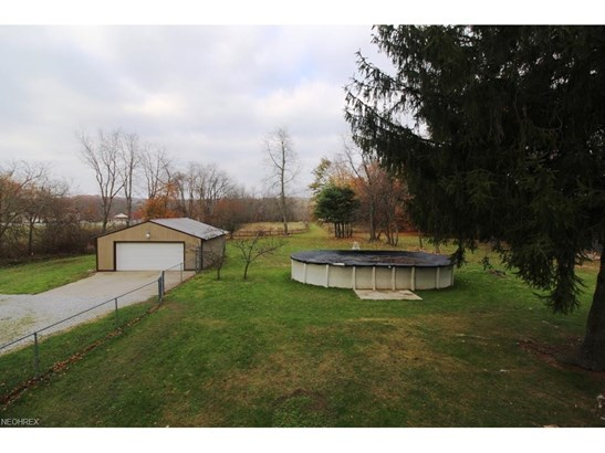 613 West Comet Rd, New Franklin, OH - USA (photo 5)