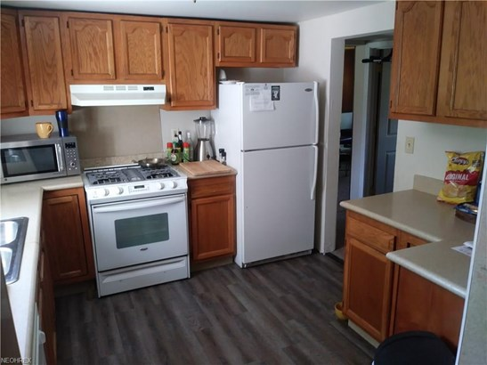 3295 Clubside Dr, Norton, OH - USA (photo 5)