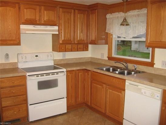 5928 Mapledell St Northwest, Canton, OH - USA (photo 3)