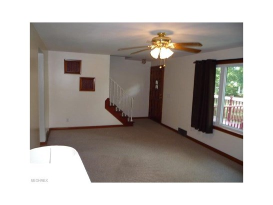 5928 Mapledell St Northwest, Canton, OH - USA (photo 4)