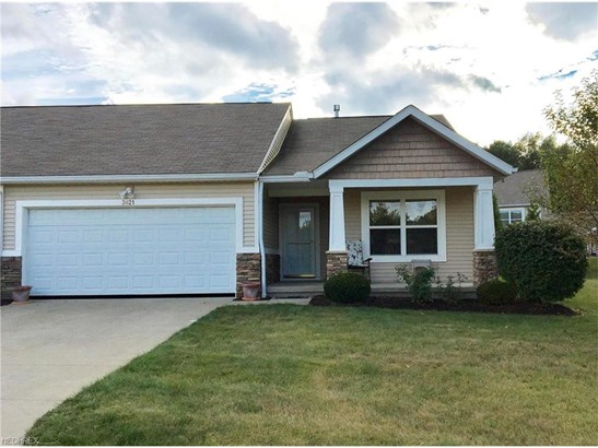 3021 Somerset Dr, Lakemore, OH - USA (photo 1)