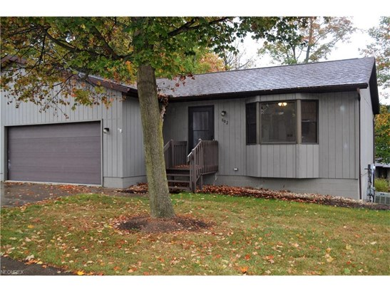 1825 Paradise Rd 802, Orrville, OH - USA (photo 1)