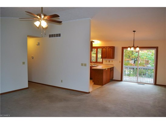 1825 Paradise Rd 802, Orrville, OH - USA (photo 3)