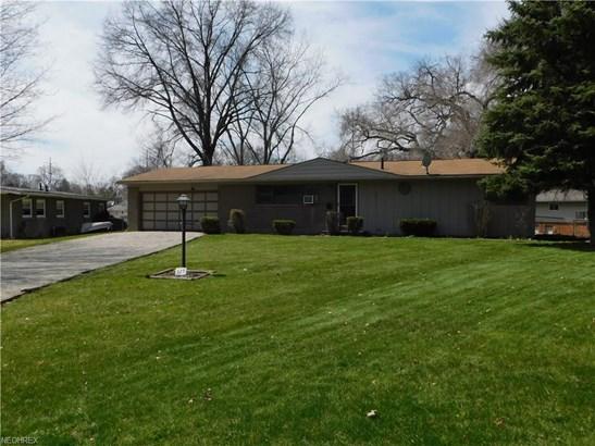 325 Lynn Cir Northwest, Canton, OH - USA (photo 1)