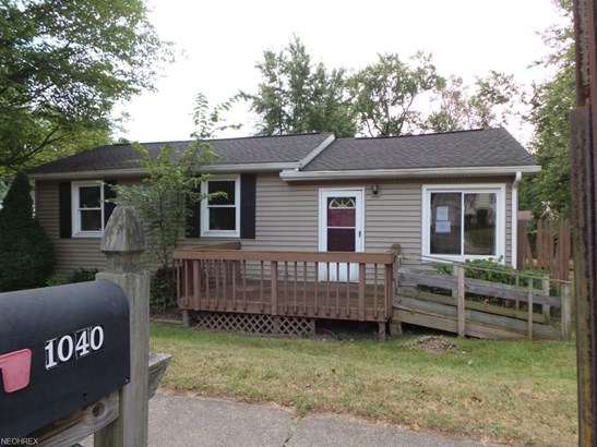 1040 Jean Ave, Akron, OH - USA (photo 1)