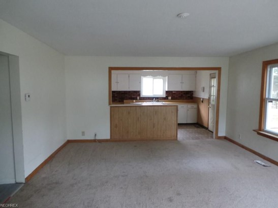 1040 Jean Ave, Akron, OH - USA (photo 5)
