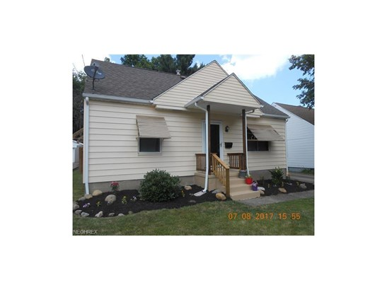 2705 Robindale Ave, Akron, OH - USA (photo 1)