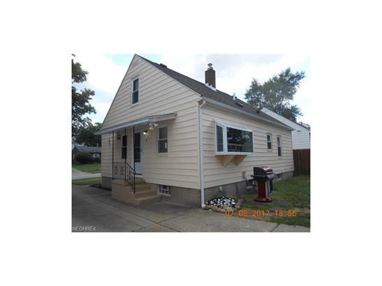 2705 Robindale Ave, Akron, OH - USA (photo 2)